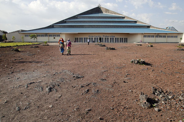 Prayer hall with open space where the cathedral of Goma used to stand before the 2002 eruption of Nyiragongo | Goma | Democratic Republic Congo
