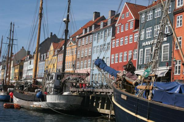 Picture of Copenhagen Waterfront (Denmark): Copenhagen: boats and colourful houses