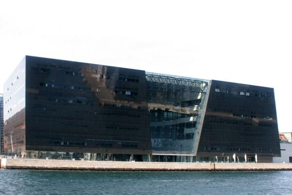 Picture of Copenhagen Waterfront (Denmark): Copenhagen: the library, also known as Black Diamond
