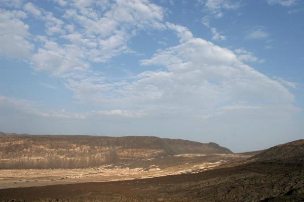 Foto di Valleys and rifts near Ardoukoba VolcanoArdoukoba - Gibuti