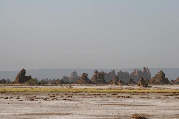 Photo de Chimneys near Lac AbbéLac Abbé - Djibouti