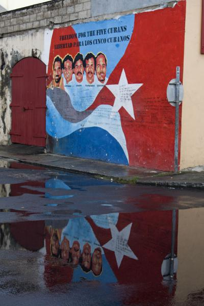 Wall painting with a political message | Roseau | Dominica