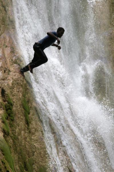 Picture of Limón waterfall (Dominican Republic): Jumping off the rocks at Limón waterfall