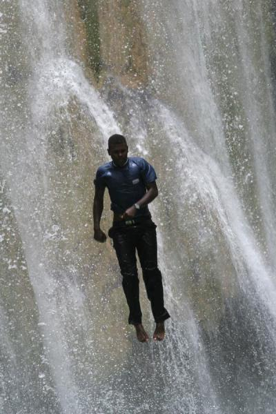 Picture of Limón waterfall (Dominican Republic): Jumping down Limón waterfall fully dressed