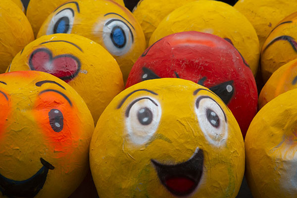 Photo de Smilies in paper-machéGuayaquil - l'Equateur