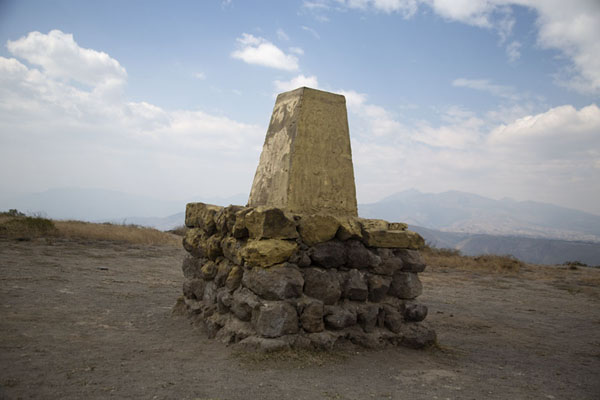 Foto di Modern monument at the top of Catequilla mountain marking the exact spot of the equator - Ecuador - America