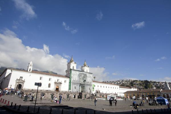 Photo de Plaza de San Francisco with the Iglesia de San FranciscoVielle ville de Quito - l'Equateur