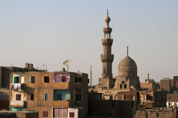Foto van Egypte (Houses and other mosques can be seen from the roof of Al Maridani mosque)