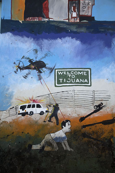 Detail of mural depicting the US-Mexico border - 萨尔瓦多