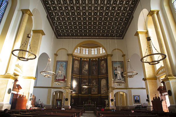 Foto van Interior of the Cathedral of San SalvadorSan Salvador - El Salvador