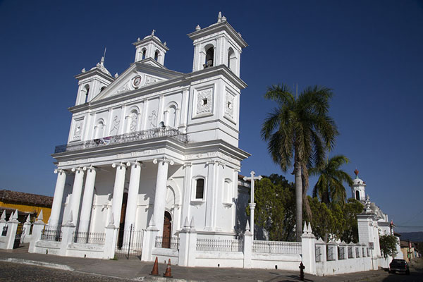 Foto van Santa Lucía church of SuchitotoSuchitoto - El Salvador