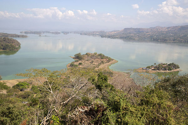 View over Suchitlán lake from a viewpoint in the gardens of Alejandro Cotto | Suchitoto | El Salvador