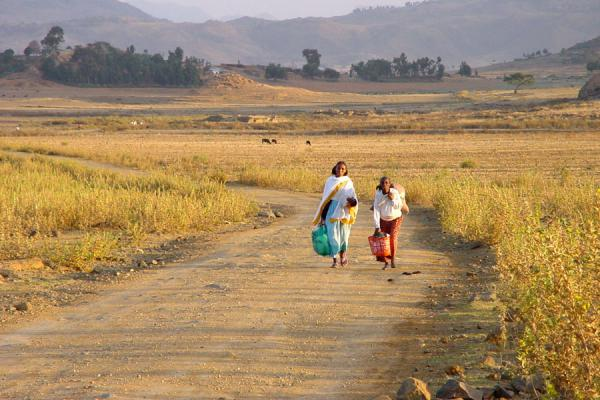 Picture of Two women walking in the fields near Senafe
