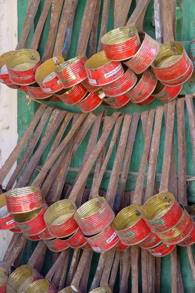 Everything is being re-used: Italian tomato tins have a second life | Eritrean Markets | Eritrea
