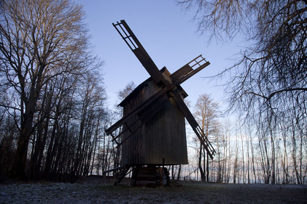Foto van One of the windmills on the museum groundsTallinn - Estland