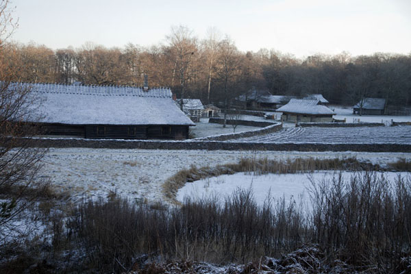 Picture of Estonian Open Air Museum (Estonia): Winter view of Jüri-Jaagu farm