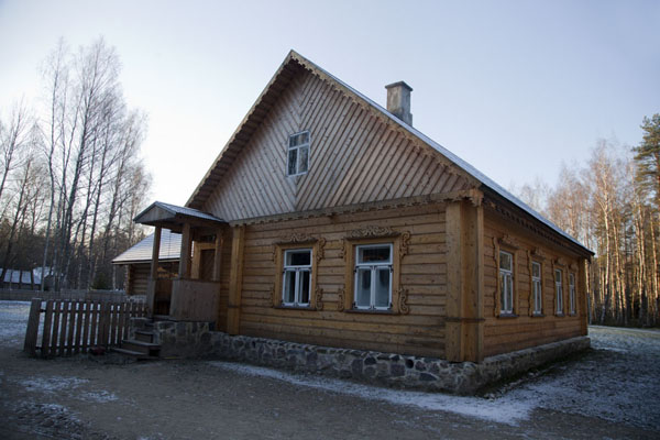 Picture of Outside view of the Russian house from Peipus
