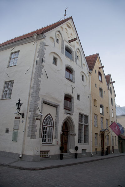 Foto di The Old Town of Tallinn is rich in typical houses - Estonia - Europa