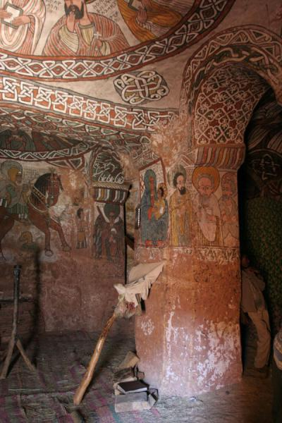 Picture of Abuna Yemata Guh church (Ethiopia): Murals on wall, pillar and one cupola of Abuna Yemata Guh church