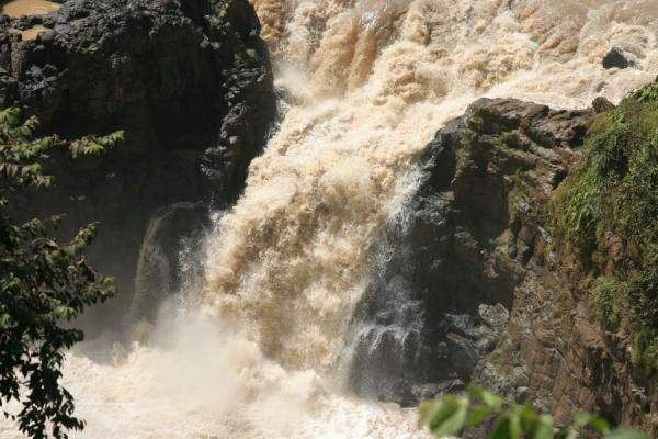 Close-up of small waterfall at Blue Nile falls | Blue Nile Falls | Ethiopia
