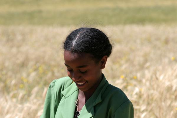 Picture of Ethiopian kids (Ethiopia): Sweet Ethiopian girl in the fields of the vicinity of Axum