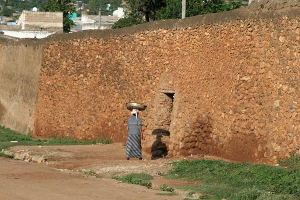 Picture of Harar Street Scenes (Ethiopia): Woman entering Harar through Sanga Gate