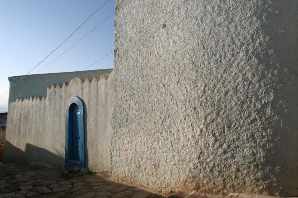 Picture of Harar: whitewashed wall of a typical house in the old town