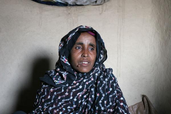 Reception in her hut: old village chief of Koremi | Koremi | l'Ethiopie
