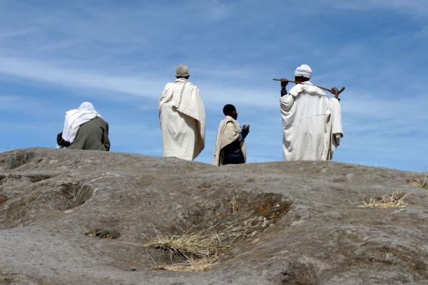 Picture of Priests near Asheton Maryam