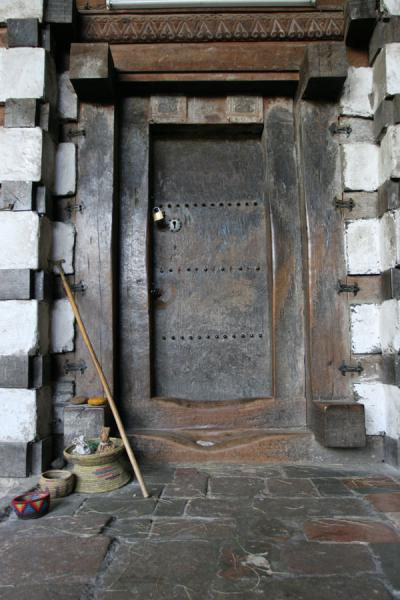 Picture of Yemrehanna Kristos church (Ethiopia): Wooden entrance to Yemrehanna Kristos church