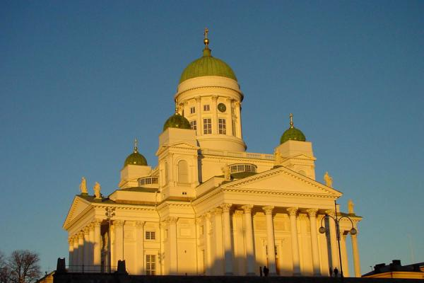 Cathedral of Helsinki in the late afternoon light | Helsinki Churches | Finland