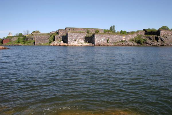 Picture of Suomenlinna (Finland): Suomenlinna defensive wall on Iso Mustasaari