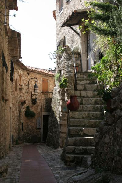 Picture of Eze (France): Eze: one of the broader streets in the village