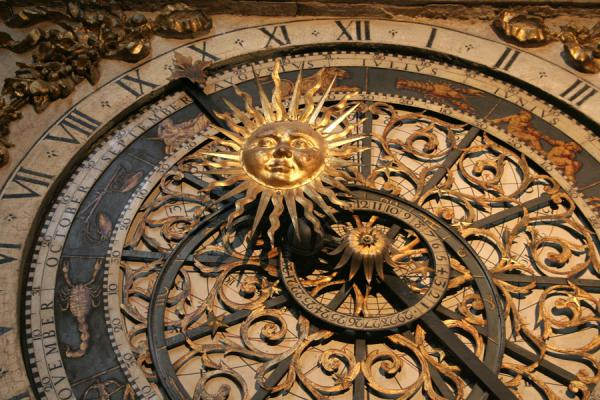 Foto de Detail of the astronomical clock of Saint Jean cathedralLyon - Francia