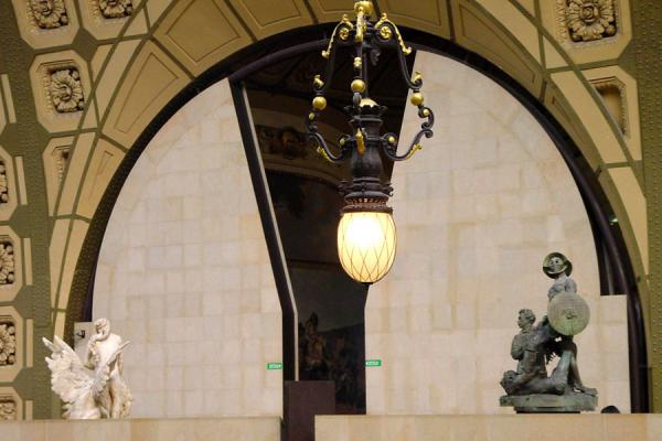 Integration of the original building and the museum | Musée d'Orsay | France