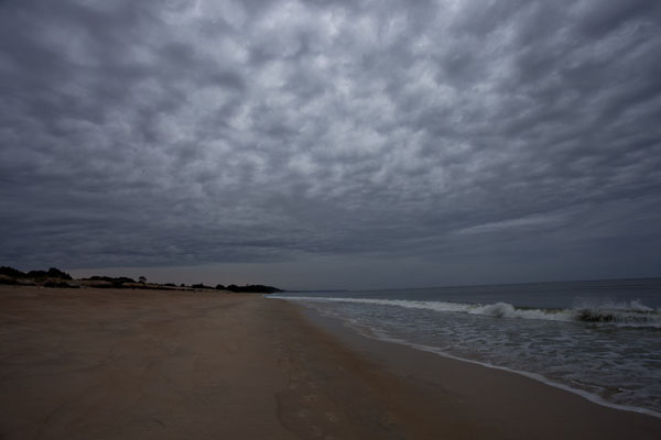 Photo de Clouds over the beach at Nyonié in the early morning - Gabon - Afrique