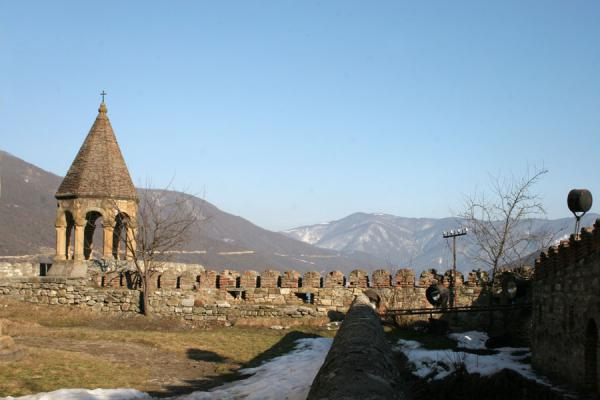 Picture of Ananuri castle (Georgia): Looking towards Zhinvali Reservoir from Ananuri church