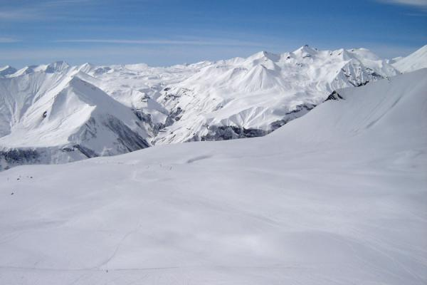 Picture of Snow-capped mountains of the Kaukasus seen from the ski-slopes of Gudauri