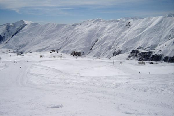 Picture of Gudauri Skiing (Georgia): Gudauri mountains and valley