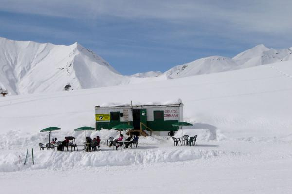 Picture of Gudauri Skiing (Georgia): Gudauri ski area: outside terrace and snack stall