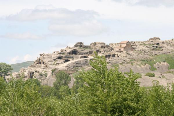 Picture of Uplistsikhe (Georgia): Uplistsikhe seen from a distance