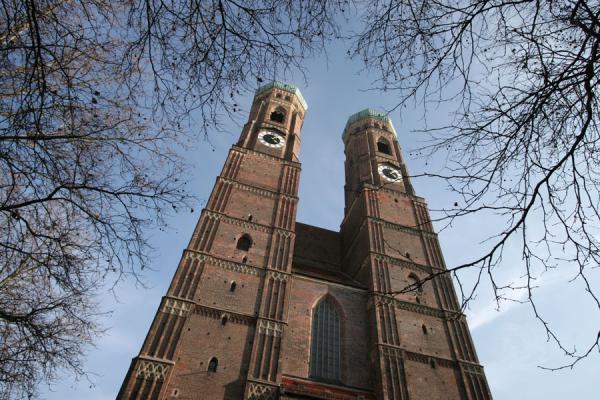 Belltowers of Frauenkirche or Munich Cathedral | Eglises de Munich | l'Allemagne