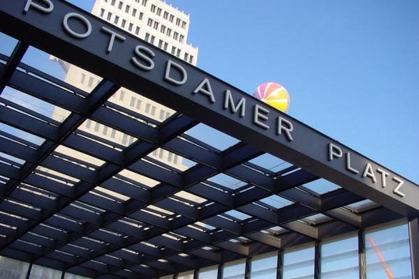 Picture of Potsdamer Platz (Germany): Potsdamer Platz: entrance to railway station