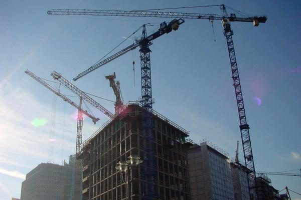 Picture of Potsdamer Platz (Germany): Cranes at work at Potsdamer Platz