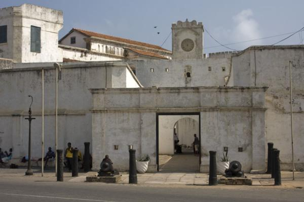 Picture of Entrance of Cape Coast castle with cannons