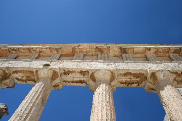 Looking up to the temple of Aphaia and the sky | Aphaia Temple | Greece