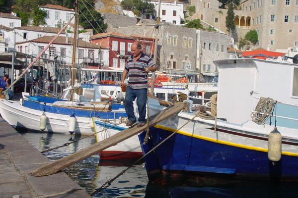 Fisherman on his boat | Hydra | Griekenland