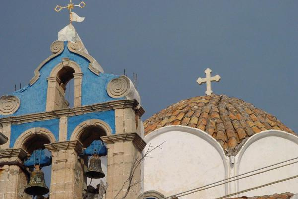 Foto de Detail of one of the many churches in townHydra - Grecia