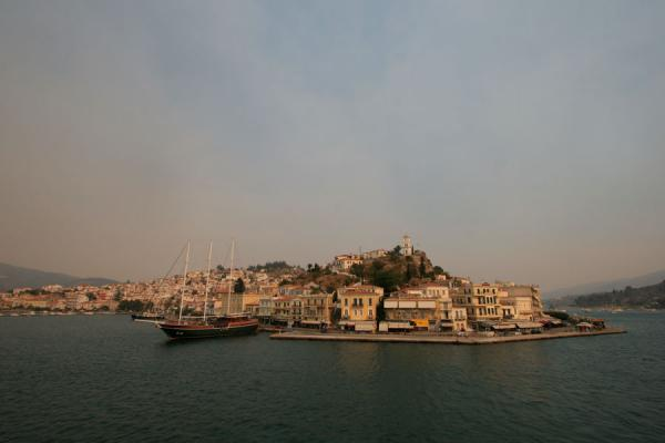 Picture of Poros in the late afternoon sunlight
