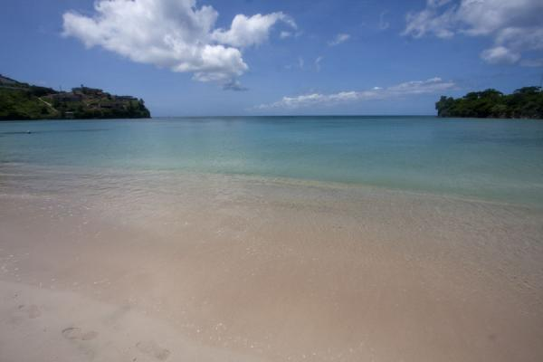 Picture of Morne Rouge Beach (Grenada): Morne Rouge bay seen from the beach